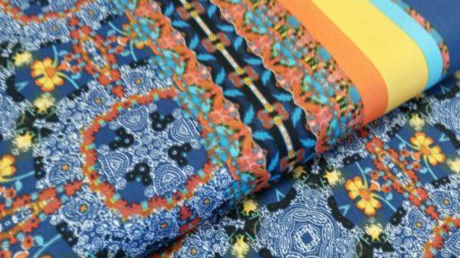 satijn randmotief blauw geel oranje