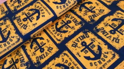 diving school tricot geel blauw