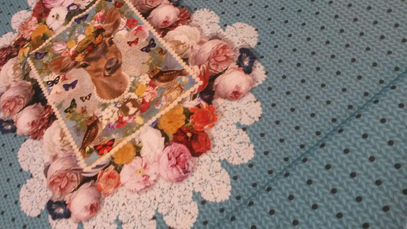 hert breisel bloemen blauw tricot stenzo