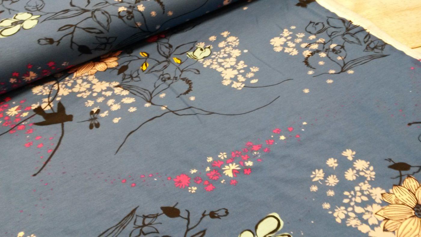 bloemen blauw viscose tricot selina swafing