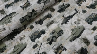 poppy digitale katoenen tricot legervoertuigen