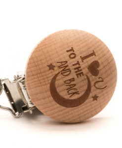 durable houten speenclip i love you to the moon and back