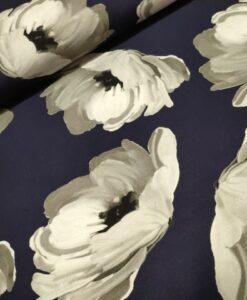 wild roses viscose tricot bloemen blauw wit