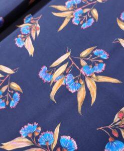knip mode ecovero viscose bloemen blauw flower